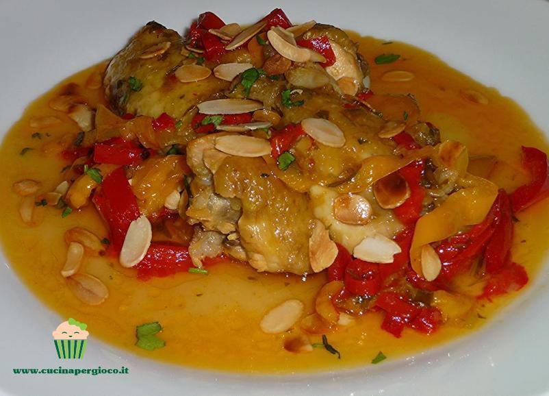 cucinapergioco pollo con peperoni e mandorle