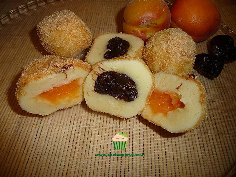 cucinapergioco gnocchi ripieni con prugne e albicocche